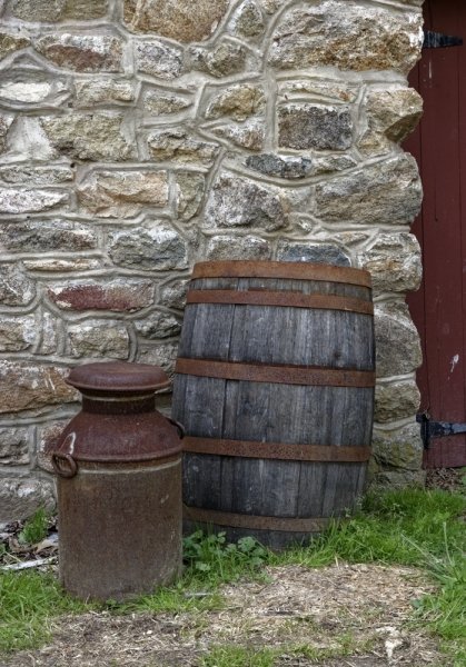 Barrel and Milkcan